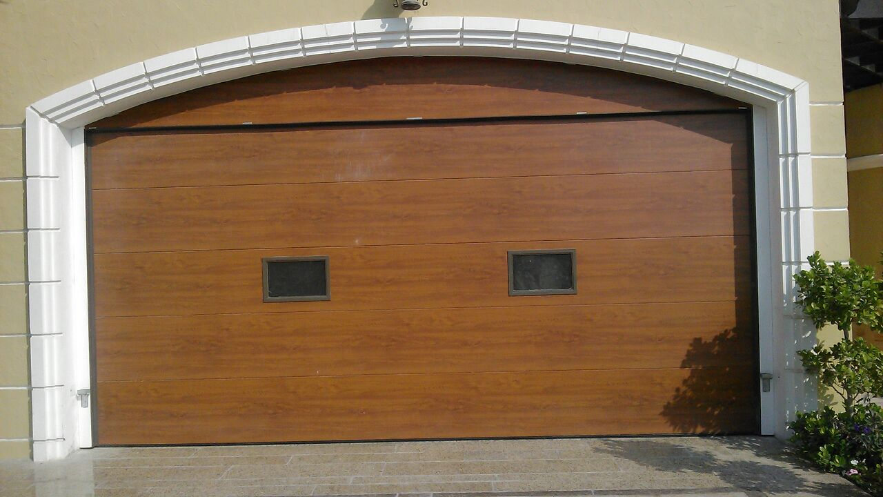 ITALPANNELLI RESIDENTIAL GARAGE OVERHEAD DOOR GOLDEN OAK PANEL