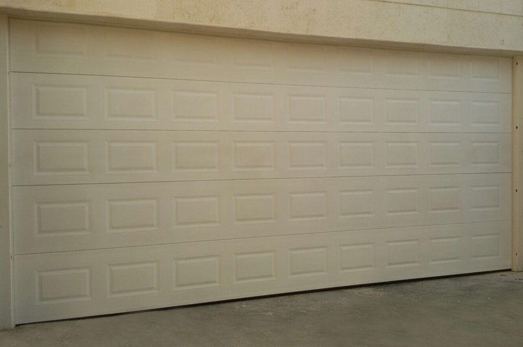 GARAGE OVERHEAD SECTIONAL DOOR ITALPANNELLI BRAND